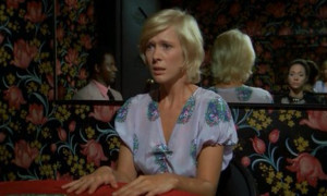 The Perfume of the Lady in Black - Mimsy Farmer seance 2
