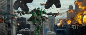 Transformers - Age of Extinction - parachuting robot