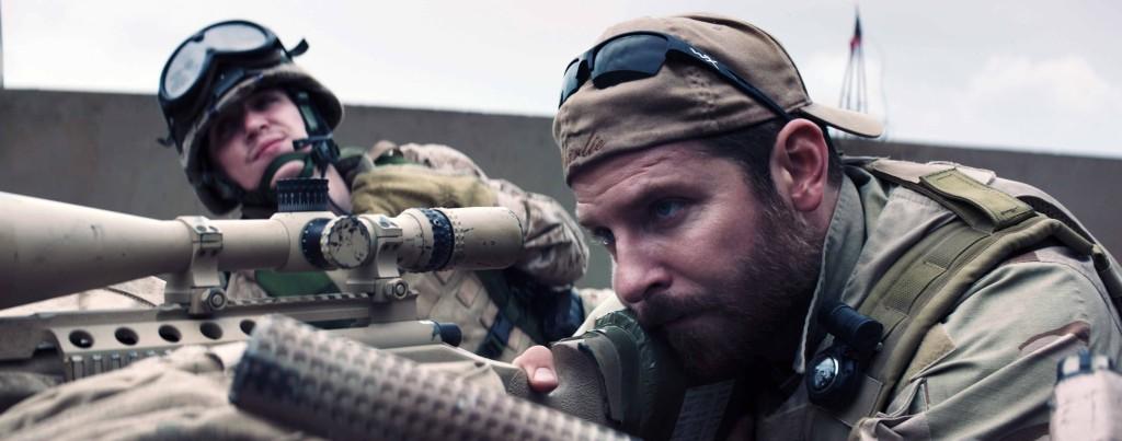 American-Sniper---Bradley-Cooper,-rifle,-marine