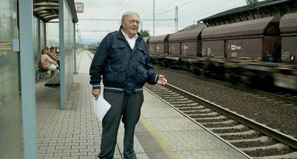 The-Last-of-the-Unjust---Claude-Lanzmann,-train-station