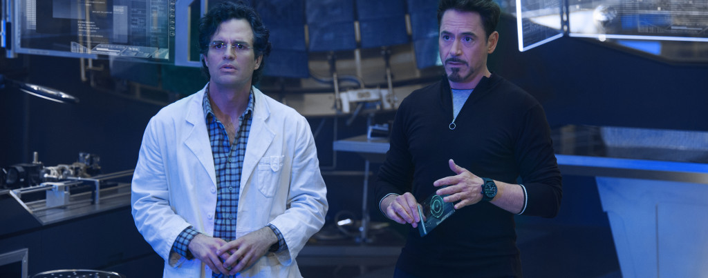 Avengers---Age-of-Ultron---Robert-Downey,-Jr,-Mark-Ruffalo