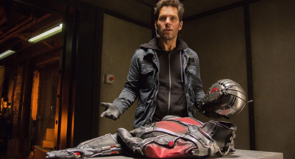 Ant-Man---Paul-Rudd,-suit