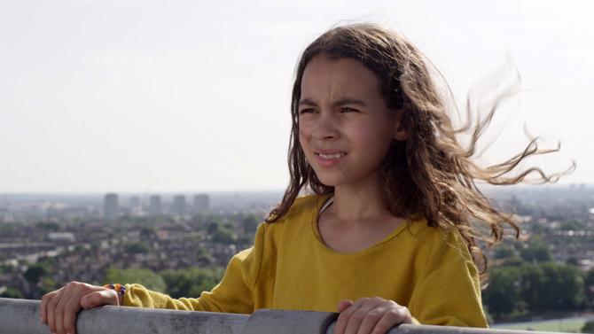 Safiyah-Flies-Across-The-Ocean---Olivia-Anson