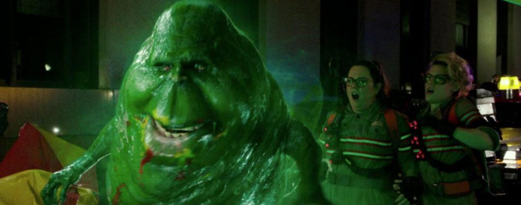 Ghostbusters-2016---Melissa-McCarthy,-Kate-McKinnon,-slimer
