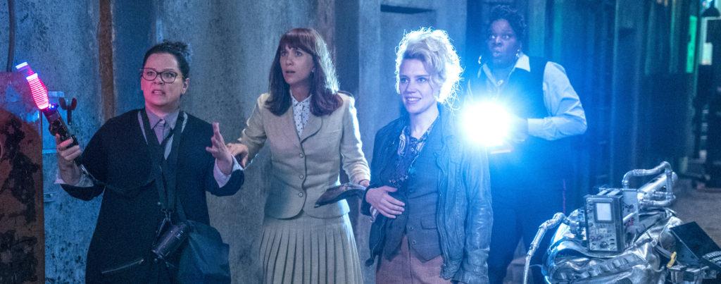 Ghostbusters-2016---Melissa-McCarthy,-Kristen-Wiig,-Kate-McKinnon,-Leslie-Jones,-library