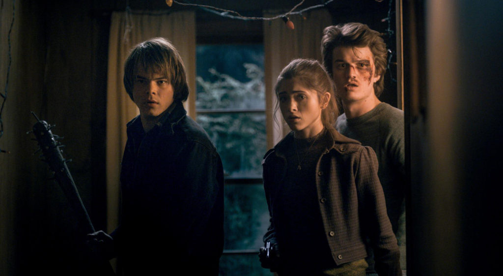 Stranger-Things---Charlie-Heaton,-Natalia-Dyer,-Joe-Kerry