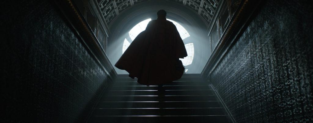 doctor-strange-benedict-cumberbatch-cape